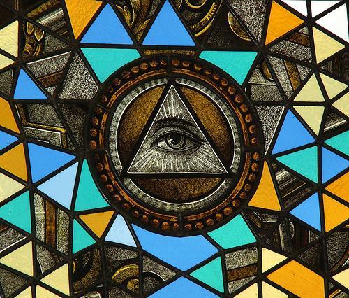 illuminatus02 - Illuminatus Trilogie !!! Par Robert Shea et Robert Anton Wilson