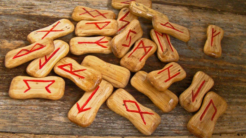 runes 947831 1920 1024x576 - Heathen and Hell (Mysticisme et nazisme)