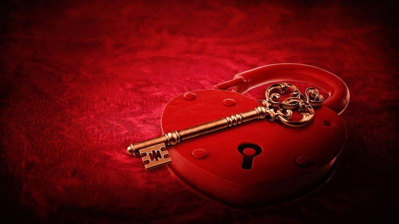heart lock 2057742 1920 800x450 - Clef