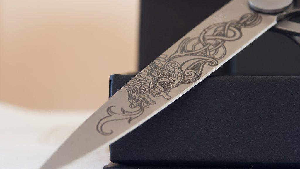 Deejo : un couteau pour vos rituels